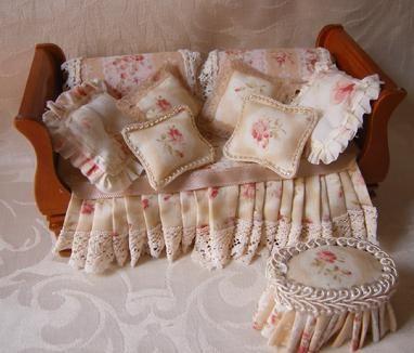 Miss Amelia's Miniatures: