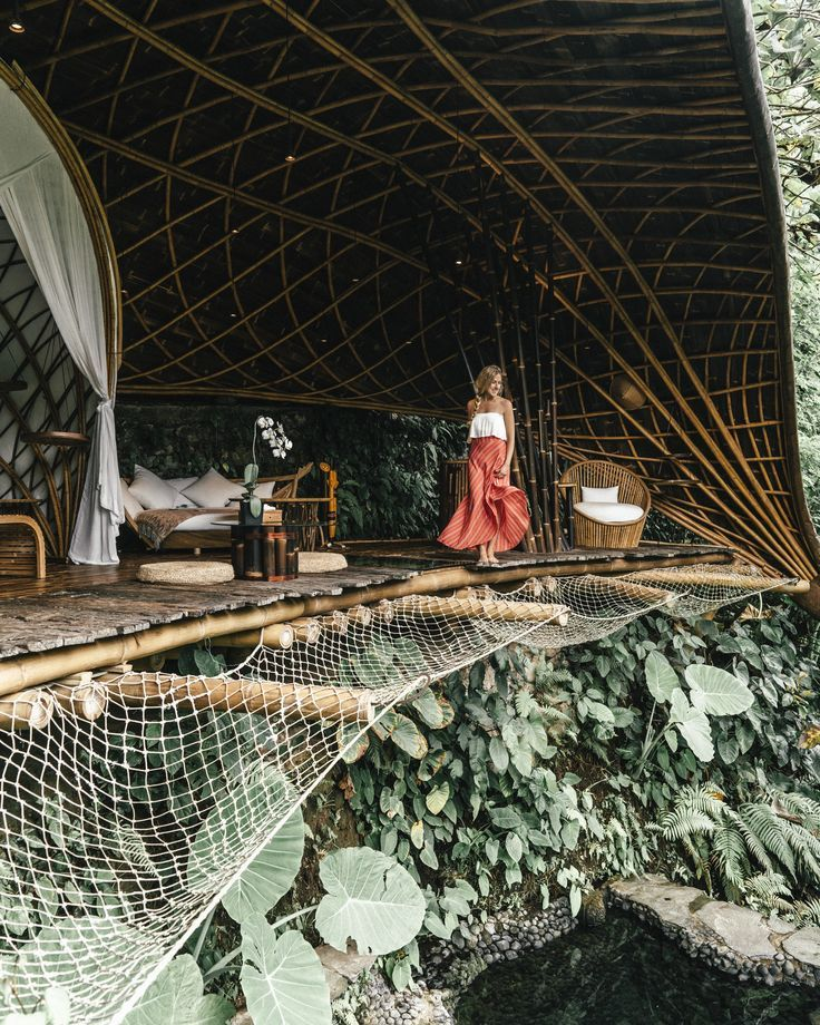 Staying In One Of The Most Beautiful Treehouse Hotels In The World Live Like It S The Weekend Treehouse Hotel Tree House House In Nature