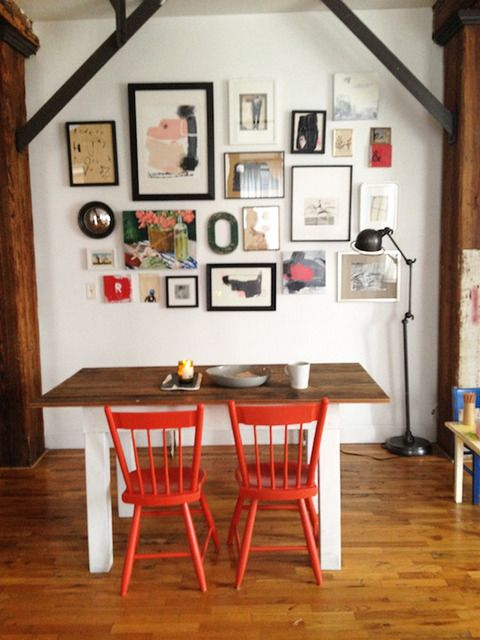 bunch of pictures: Modern Farmhouse, Living Rooms Design, Brooklyn Loft, Apartment Therapy, Red Chairs, Charms Modern, Houses Tours, Farmhouse Brooklyn, Modern Home