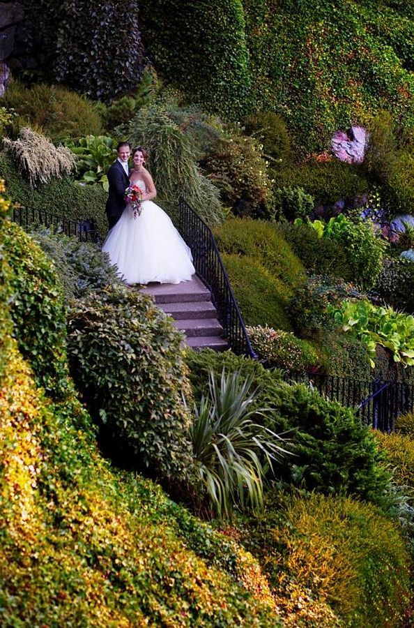 Weddings in Victoria, BC. #butchartgardens #explorevictoria #yyjweddings Photo: courtesy of www.kimkalynphotography.com