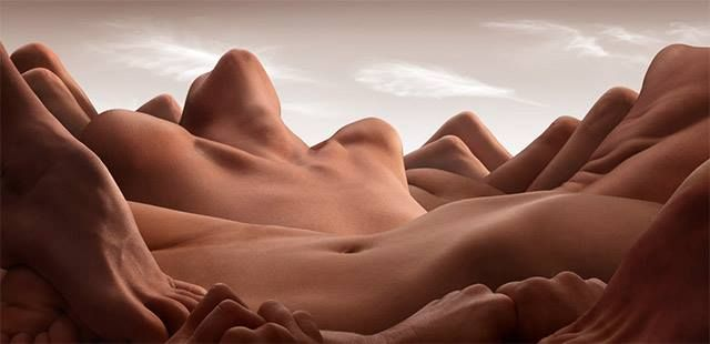 Carl Warner - Body Landscapes - Valley of the reclining woman