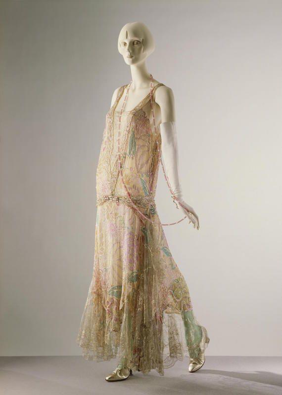 1922 Callot Souers evening dress © Victoria and Albert Museum, London
