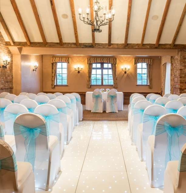 The Waterfront Wedding Venue In Staffordshire Is A Tranquil Countryside Retreat Escape To Relax Here