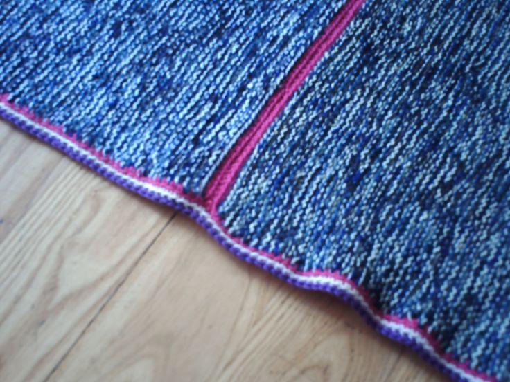 een close up van een deken