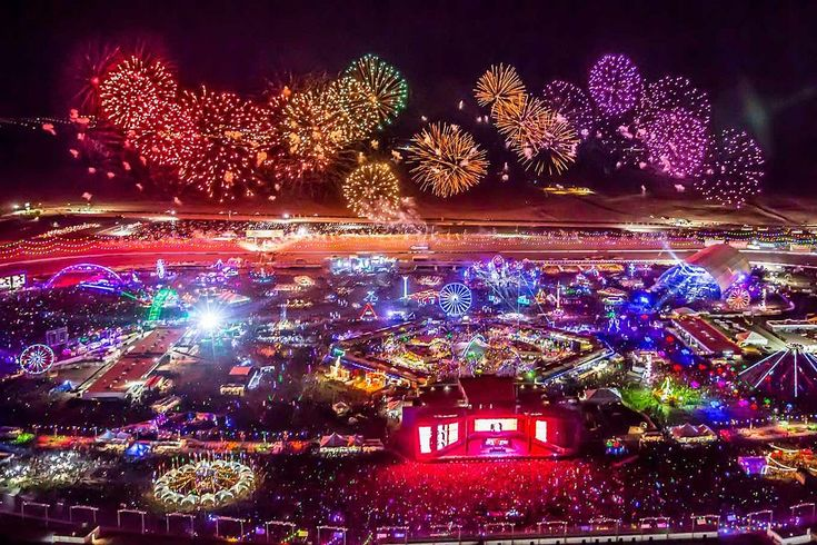 EDC Las Vegas 2016 Live Stream: Lineup And Set Times For The 20th Anniversary Music Festival