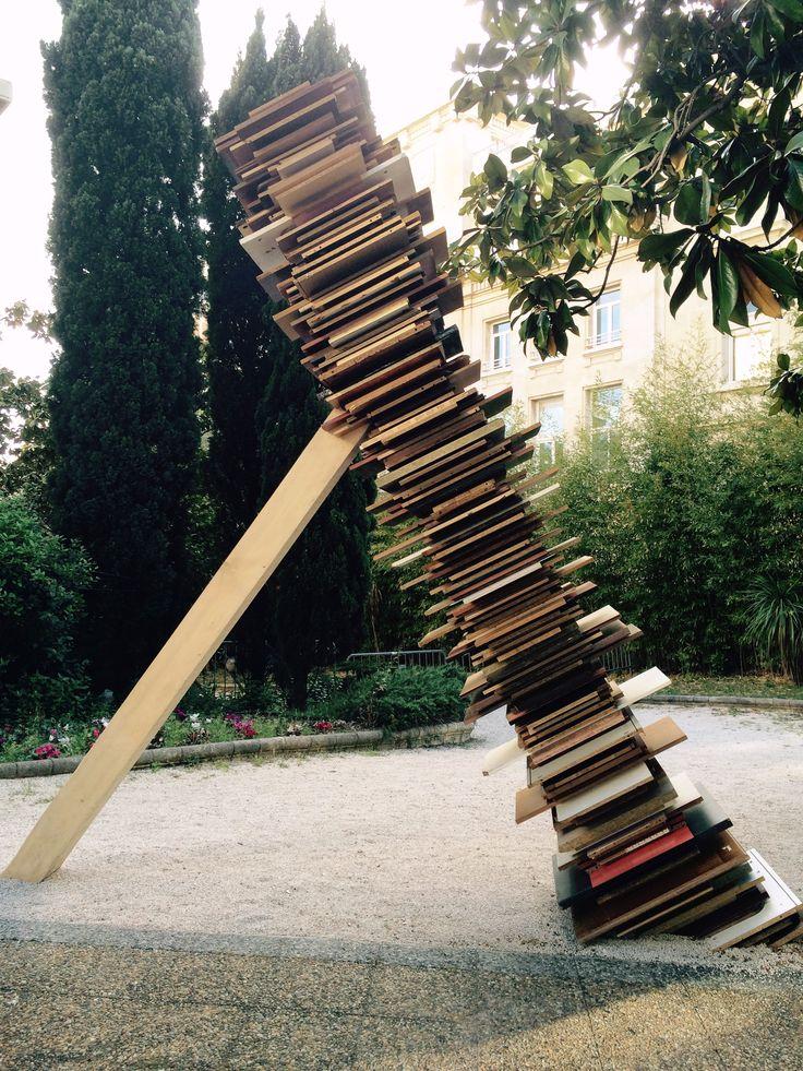 """Une oeuvre de Simon AUGADE - Exposition """"Premieres lignes"""" sur le  Parvis de l'Hôtel des Arts - Toulon - 83 (France) - Photo Martine Lacour - 15-04-28"""