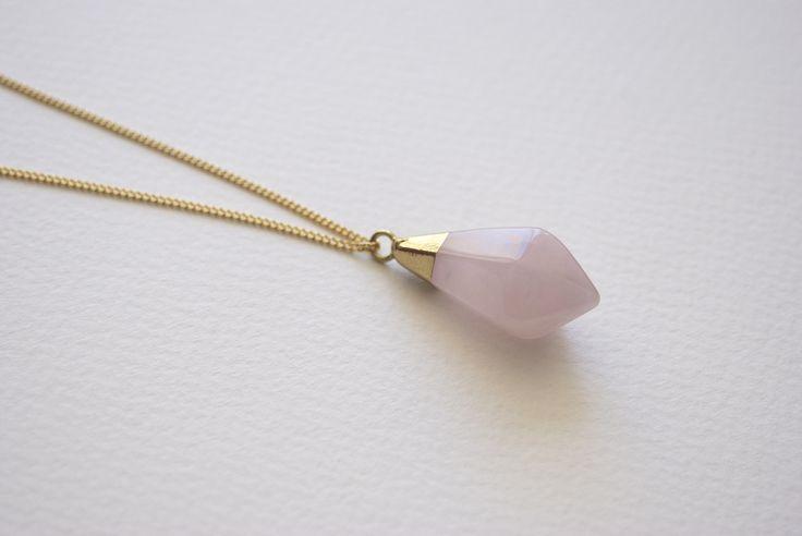 Collar Oval Stone, piedra semipreciosa rosa.