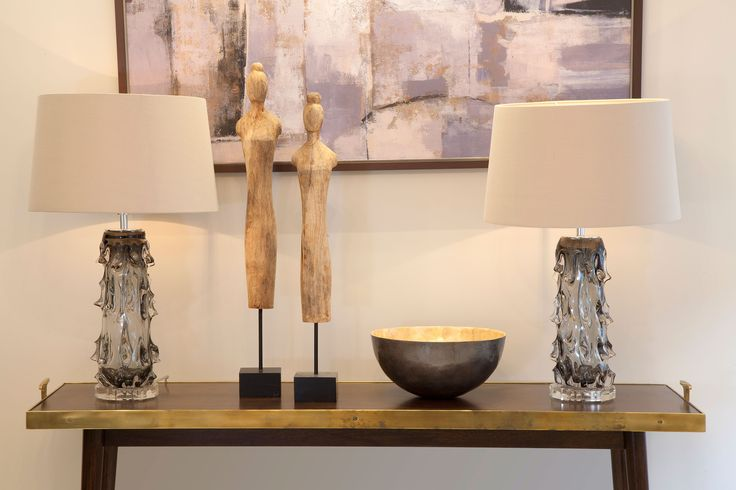 Luxury Living Room Console and accessories  | JHR Interiors