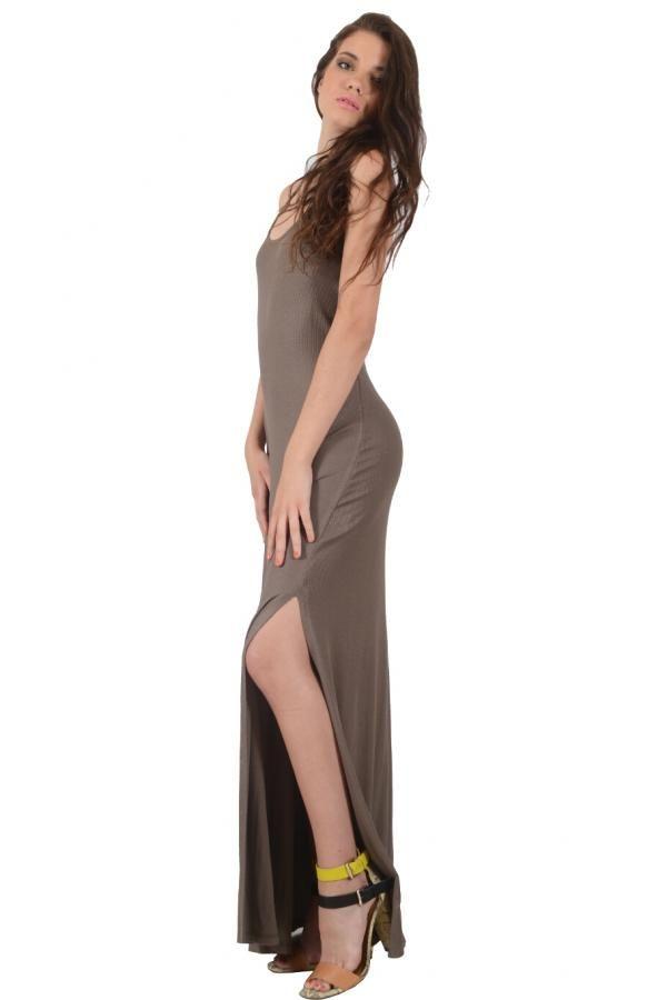 Φόρεμα ελαστικό μακρύ σε ίσια γραμμή με ανοιχτή πλάτη και άνοιγμα στην μία πλευρά