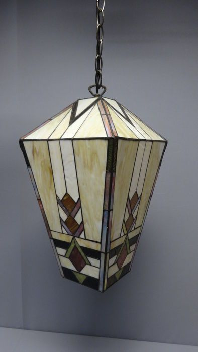 Nu in de #Catawiki veilingen: Grote Tiffany stijl  hanglamp - eind 20e eeuw