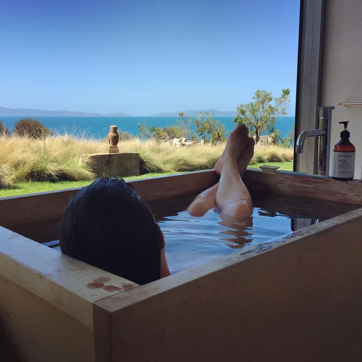 Wedding/Honeymoon - this location will do both (particularly if the gathering is just a few guests); then time to yourself, true relaxation; a stunning outlook and luxurious contentment. Need we say more? The ocean  will play colours and atmosphere all day and night.  Image credit: bek burrows #avaloncoastalretreat