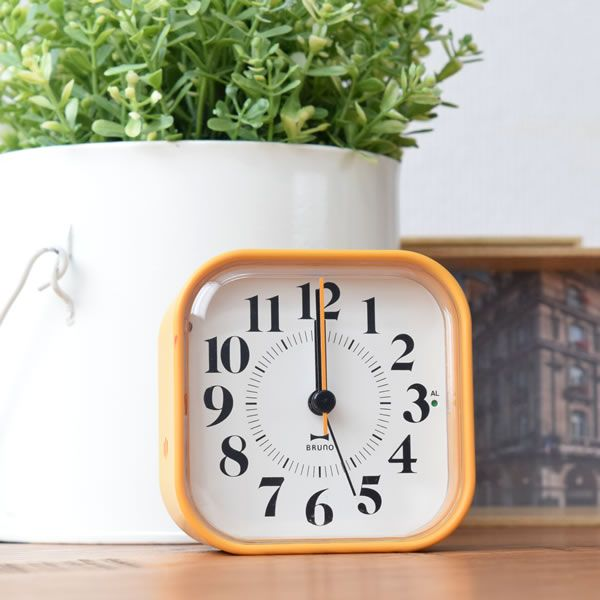 楽天市場】電波時計 BRUNO ブルーノ 電波アナログアラームクロック ... 画像説明
