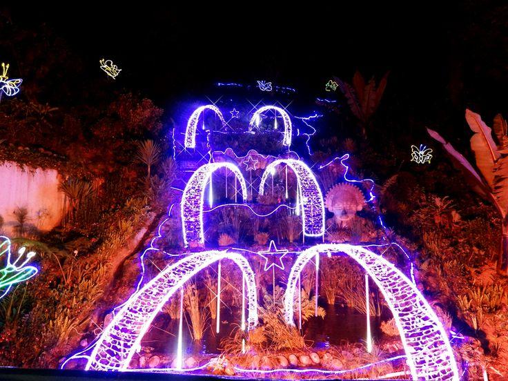 Iluminación y decoración navideña Monserrate 2013, Bogotá, Colombia