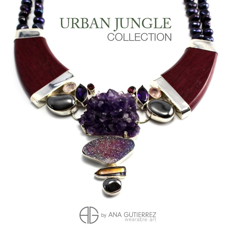 Necklace made with Nazarene, a beautiful wood type from Costa Rica combined with semiprecious stones.   #Collares #Necklaces #CostaRica #Outfit #semiprecious #Jewels #Joyas #MaderasPreciosas #UrbanJungle #WearableArt #Costarrican #Designer #Outfittheday #Accesorios #Diseño #AnaGutierrez