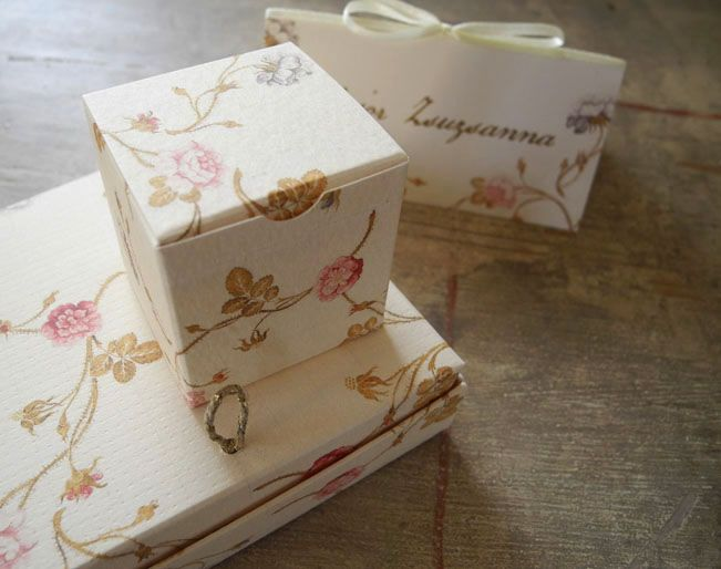 Floral Wedding Gift Box for Chocolate
