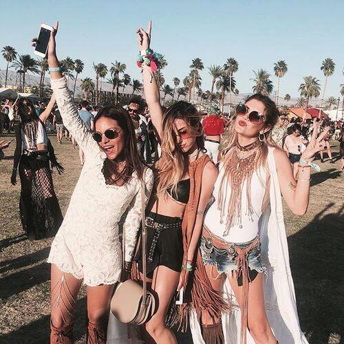 #friends #summer #festivals