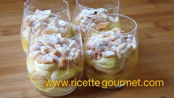 Cremoso al cioccolato bianco con salsa al limone e crumble di mandorle