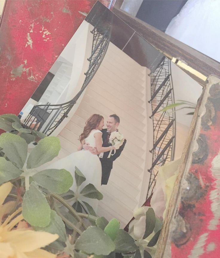 ✴︎ ・ 今日参列したお友達の結婚式にて。 ・ ・ ウェルカムスペースに飾ってあった とってもとっても素敵な1枚。.:*☆ ・