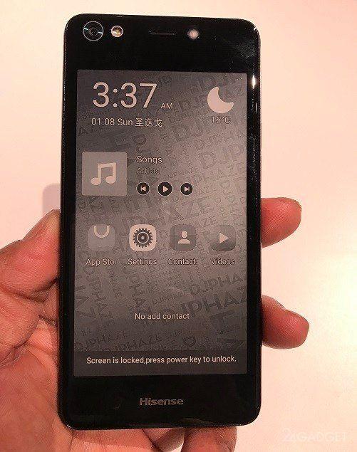 Hisense A2 — китайский аналог YotaPhone с двумя экранами (3 фото)
