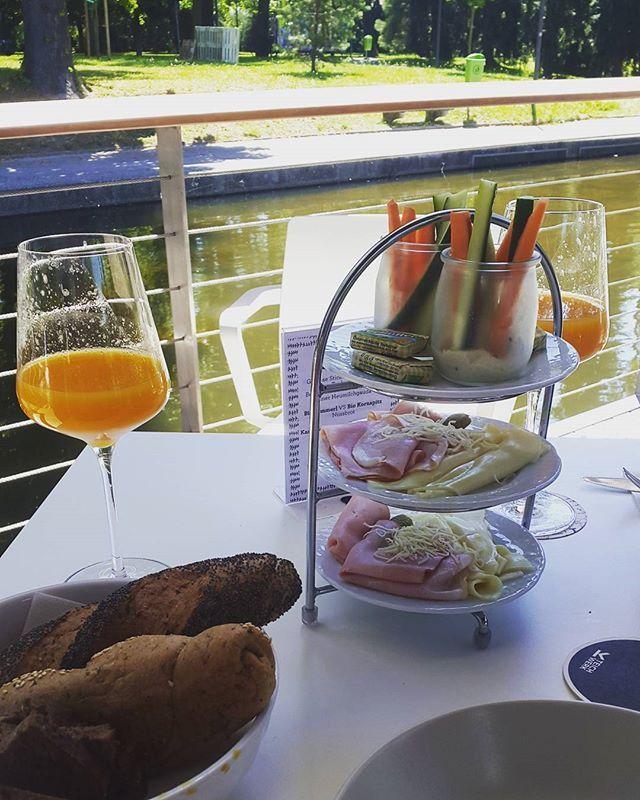 Gönn dir! #teichwerk #brunch #lecker #yummi #delicious #sunday #funday #sunnysideoflife #cheers #mahlzeit #leckerschmecker #uni #linz #jkucampus #jku