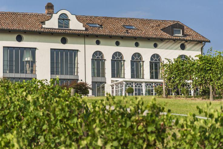 Villa in the #Monferrato #vineyards #Unesco #rent #Italy