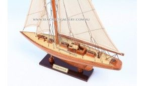 Endeavour timber 1934 (40cm)