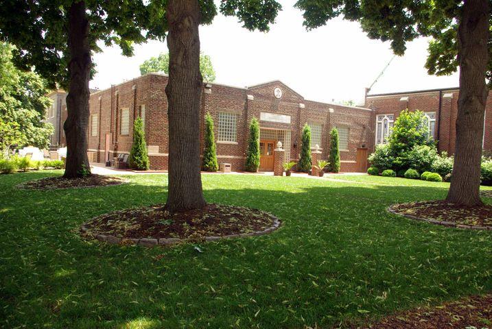 The Four Seas Banquet Facility - St. Louis, MO