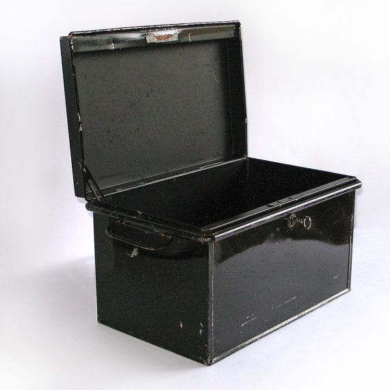 600 best Vintage Luggage, Cases, Suitcases, Trunks & Boxes images ...