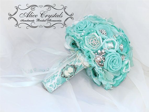 Brooch+bouquet.+Shabby+Chic++mint+bouquet.Madonna+by+AliceCrystals