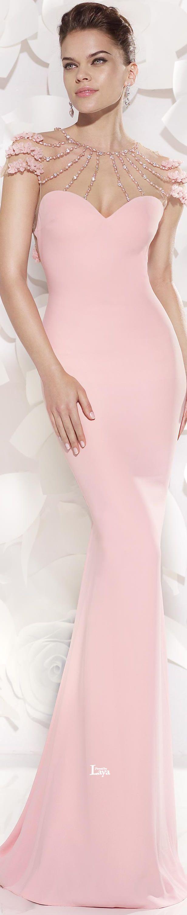 496 best oblečení images on Pinterest | Formal prom dresses, Night ...