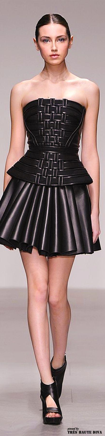 David Koma  ~Latest Luxurious Women's Fashion - Haute Couture - dresses, jackets. bags, jewellery, shoes etc