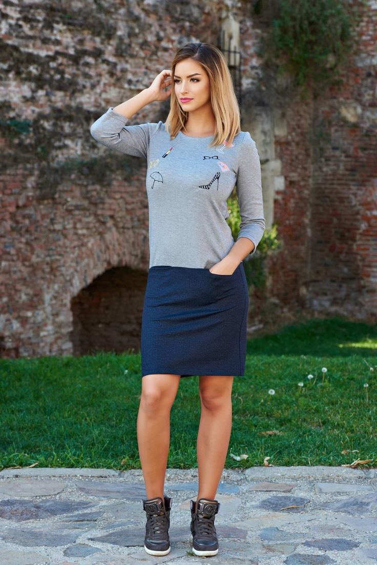 StarShinerS Be Young Stiletto Grey Embroidered Dress, front embroidery, back zipper fastening, front pockets, 3/4 sleeves, pontiroma, flexible jersey with middle thickness, elastic fabric