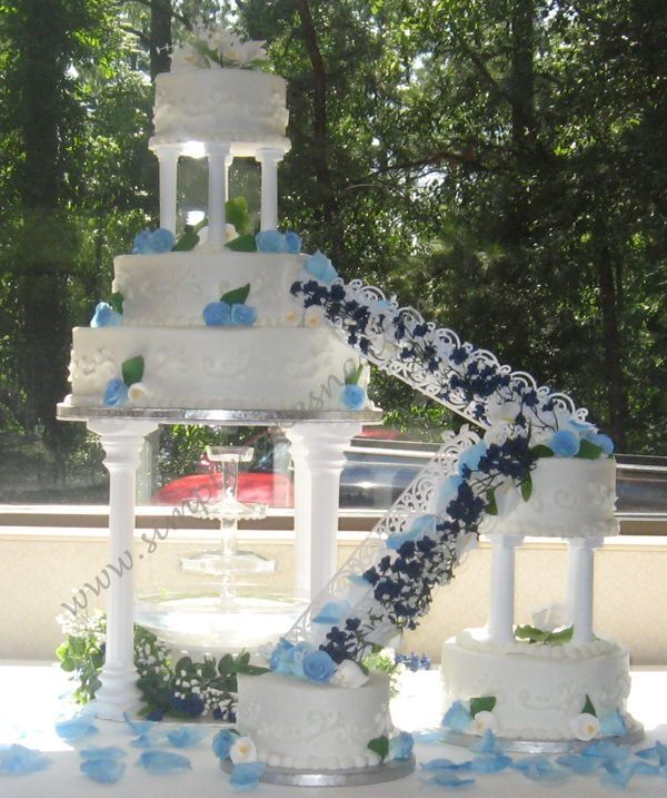 wedding cakes with stairs