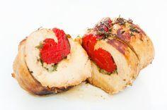 En rang les gourmands ! Aujourd'hui, variation autour de l'escalope de poulet. Cuite à la poêle c'est facile et rapide, mais la viande est souvent sèche. Pour qu'elle conserve tout son moelleux testez plutôt la cuisson à l'étouffé dans un jus. Préparez...
