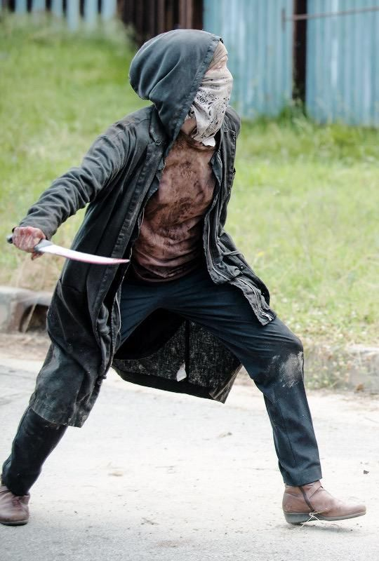 I LOVE Carol!! She is so Badass!! Does what has to be done to protect her family!!!