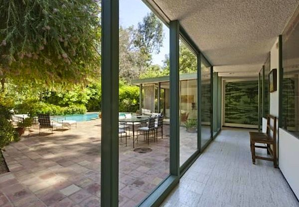 1961 Robert Skinner design - You must check out the slide show! Gorgeous home! http://www.michaelamcnamara.com/9557LimeOrchard/slideshow/slideshowmls.htmlMidcentury Mixed