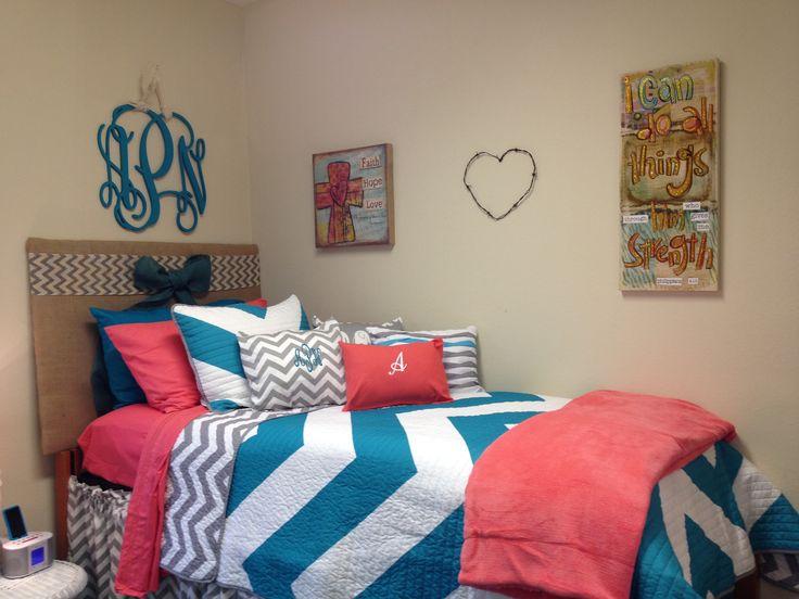 Alexis Dorm Room At University Of Alabama