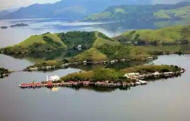Sentani Lake_Papua (Indonesia)