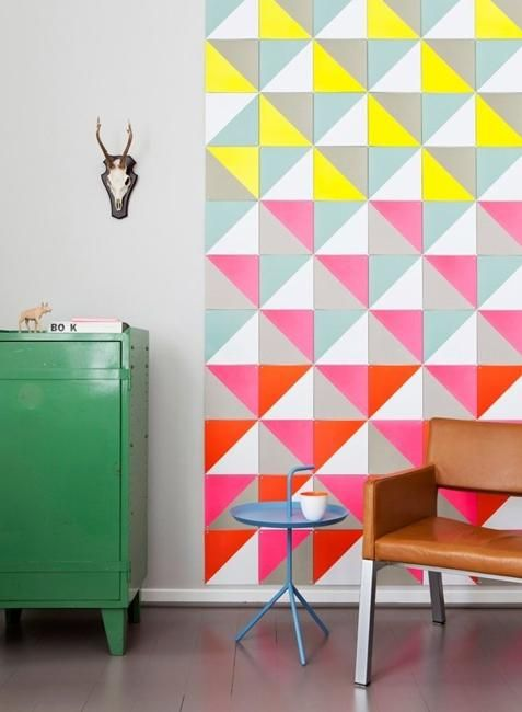 Interior design may vary greatly from place to place, depending on the tastes of the owners, In this post we have gathered 30 ways to decorate your home with neon colors. Enjoy!