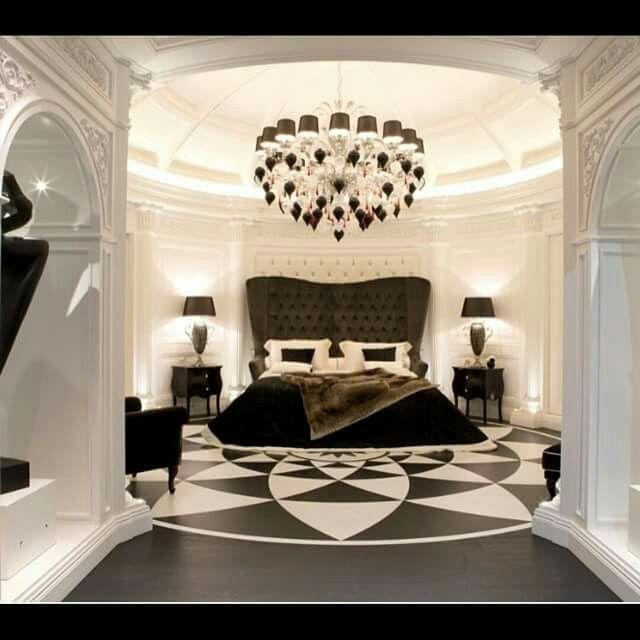 Casas Mansiones Rosario Conteras: Fit For A ...QUEEN!!!