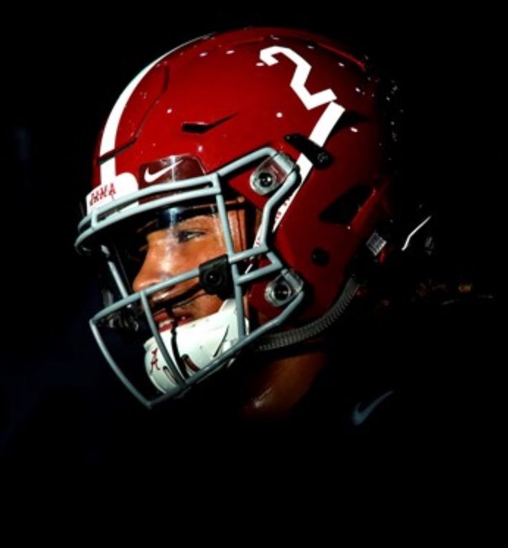 Jalen Hurts, true freshman QB #2 #Alabama #RollTide #Bama #BuiltByBama #RTR #CrimsonTide #RammerJammer