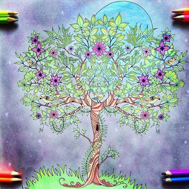 Este fundo ficou incrível!! 🔝🔝🔝 ......................................... O seu colorido é TOP?  Use #colorindolivrostop ......................................... CONCURSO em andamento; #colorindoomundofashion ................................ SORTEIO em andamento em parceria com @unhasdonamoca Participe! .................................. #colorirfazbem #livrosdecolorir #Jardimsecreto #florestaencantada #colorindo#ficoutop #muitotop #verytop #colorir #amocolorir #viciadonisso #viciodobem…