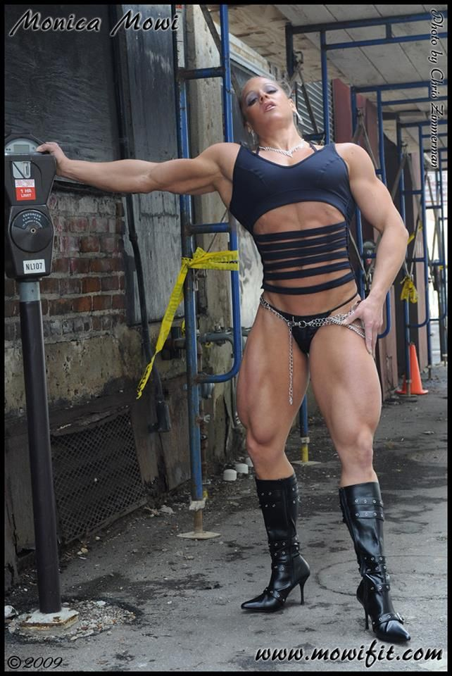 muscle girl dom