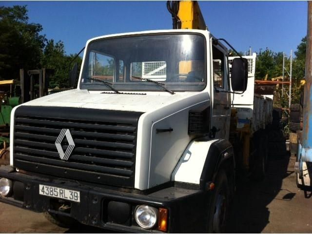 Good price for Renault G 260 Tilting Second Hand. Manufacture year: 1986. Excellent running condition. Ask us for price Reference Number: AC1737. Baurent Romania.
