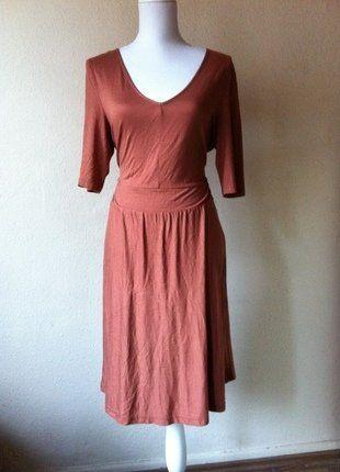 Kaufe meinen Artikel bei #Kleiderkreisel http://www.kleiderkreisel.de/damenmode/klassische-kleider/148033532-rostrotes-retro-jerseykleid-midi-edc-casual-l