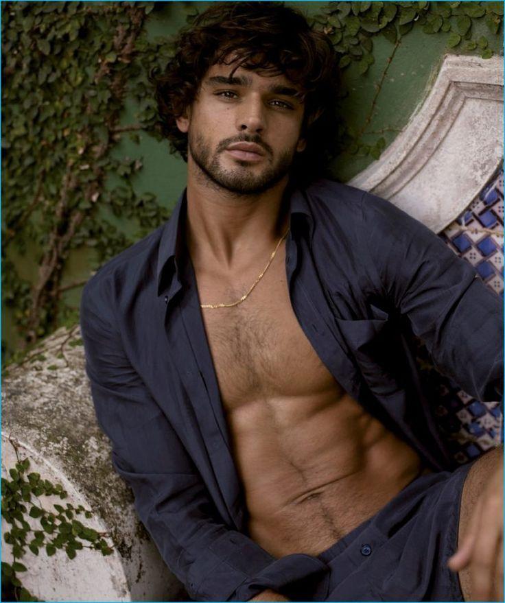 Marlon Teixeira graces the pages of Harper's Bazaar España.