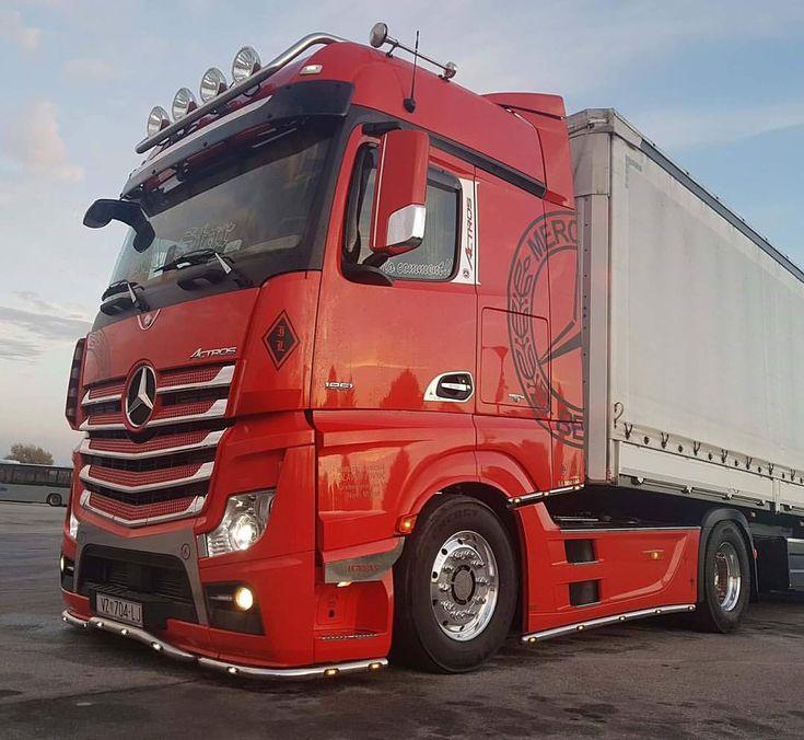 "633 Likes, 4 Comments - 1. NA INSTAGRAMU IZ HRVATSKE (@kamioni.hrvatska) on Instagram: ""#klanatrans #scaniahrvatska #kamioni_hrvatska #ttrruucckk #crotruck #truckclubs #hrtrucks #gooo…"""