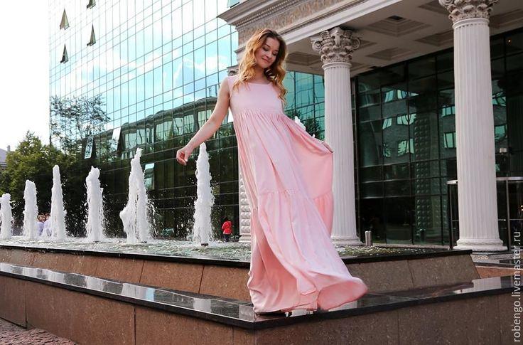 Купить или заказать Сарафан нежно-розовый в пол в интернет-магазине на Ярмарке Мастеров. Сарафан нежно-розовый в пол Легкий, женский, разлетающийся из итальянского штапеля, нежны, летний сарафан Свободного…