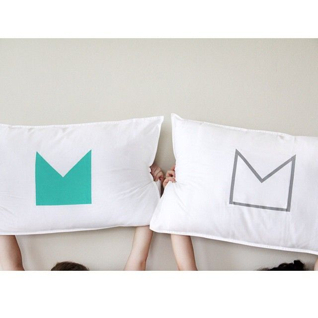 Organic Cotton Crown Pillowcases | www.jenniferandsmith.com