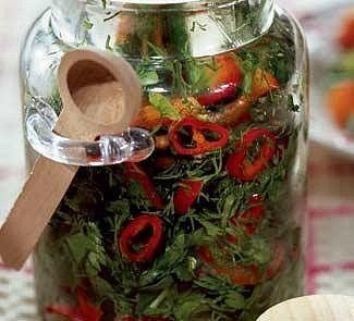 -зелень укропа 1 кг-зелень петрушки 1 кг-зелень сельдерея 1 кг-острый перец 2 шт.-перец сладкий 1 шт. большого размера-соль 400 г1.Зелень петрушки, укропа и сельдерея тщательно вымыть в холодно…